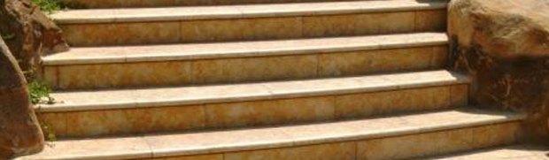 ניקוי משטחי שיש ואבן ירושלמית