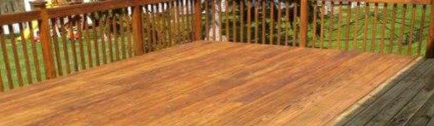 ניקוי משטחי עץ ומתכת